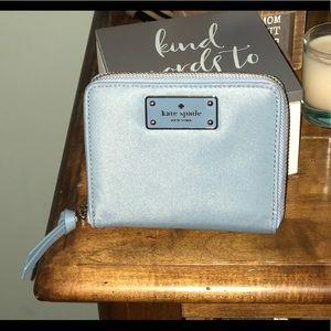 Kate spade ♠️ darci wallet- cloudcover